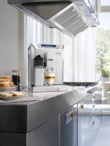 Delonghi ECAM 45.766.W Eletta, une cafetière au design moderne et attrayant