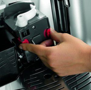 Magnifica ESAM 2200 : une cafetière facile à nettoyer