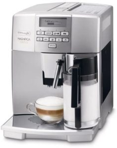 Machine à café DeLonghi magnifica ESAM 04.350.S