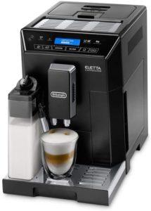 Cappuccino, latte et blancs plats